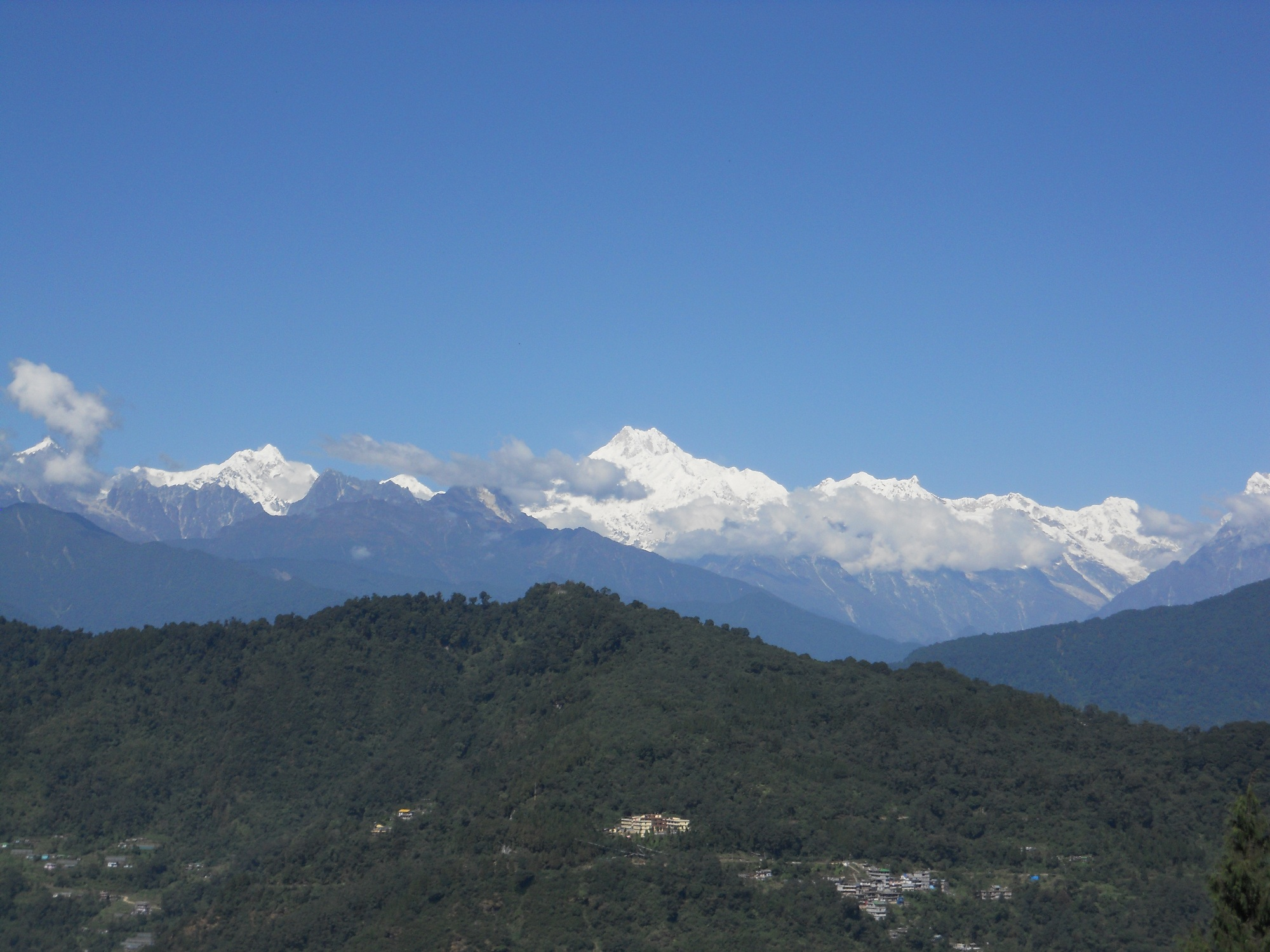 KACNCHANJANGHA VIEW FROM GANGTOK
