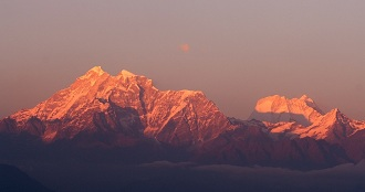 BEAUTIFUL SUNRISE, DARJEELING